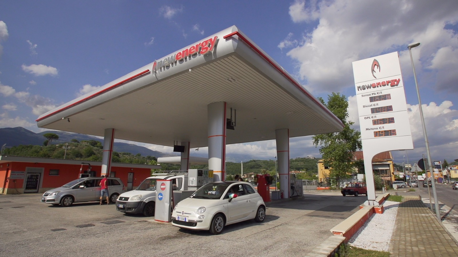 https://www.newenergycarburanti.it/wp-content/uploads/2018/07/WhatsApp-Image-2018-07-18-at-15.13.30-1.jpeg