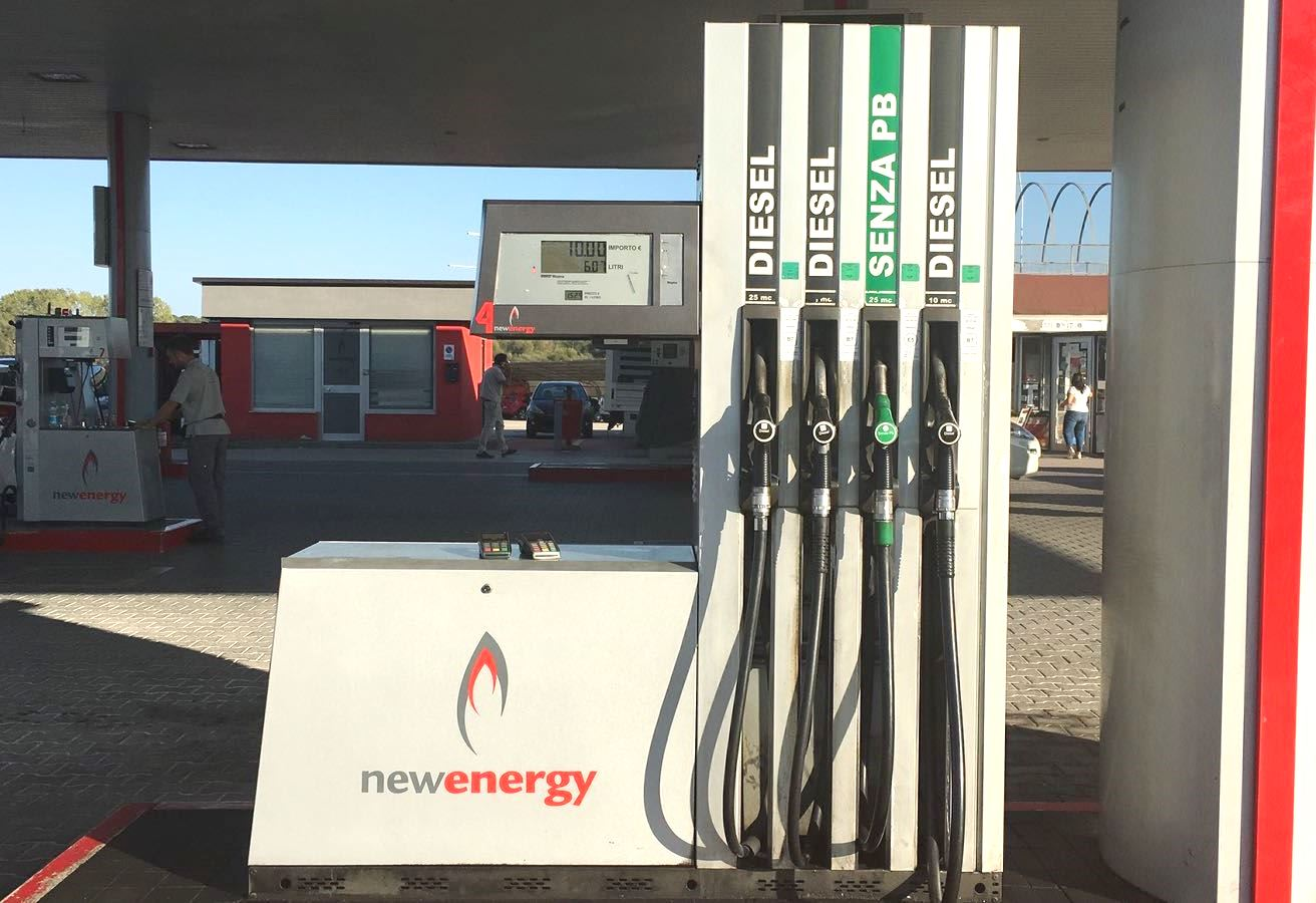 https://www.newenergycarburanti.it/wp-content/uploads/2018/10/lettere-e-numeri-1.jpeg