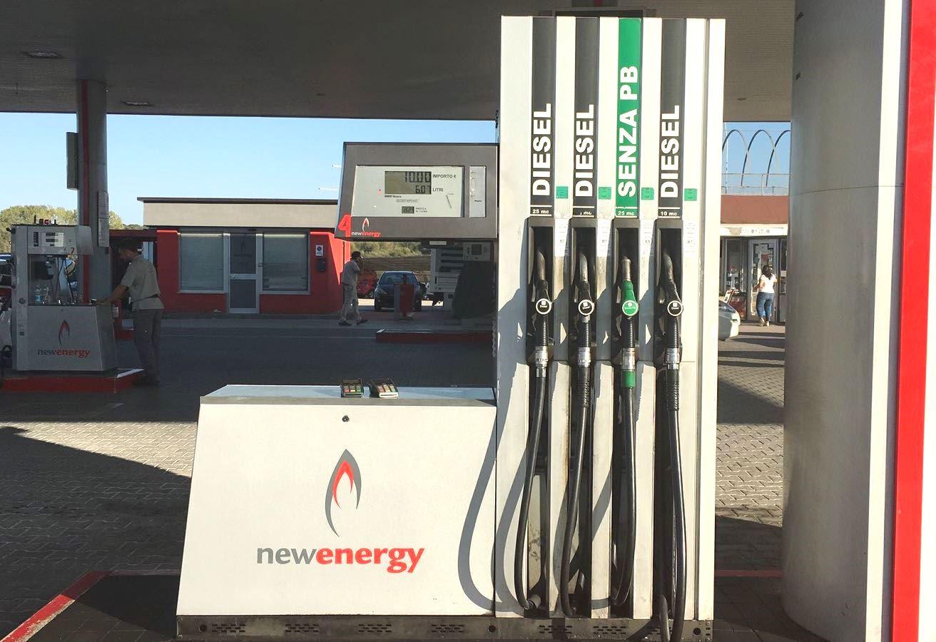https://www.newenergycarburanti.it/wp-content/uploads/2018/10/lettere-e-numeri-1.jpeg